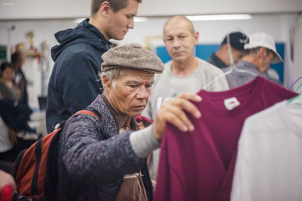 Евгений Стружак: «Город постепенно возвращается кпривычной жизни, инекоторые социальные учреждения тоже начинают работать вштатном режиме». Забота обездомных людях
