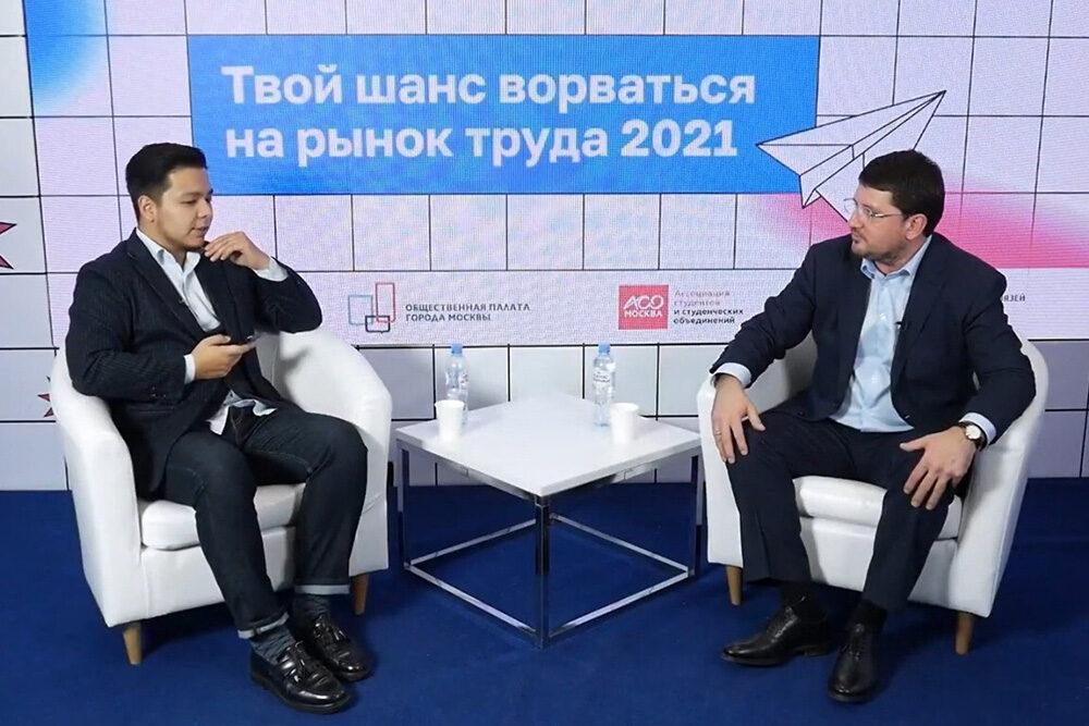Евгений Стружак: «Социальная сфера открывает широкие горизонты для молодежи»