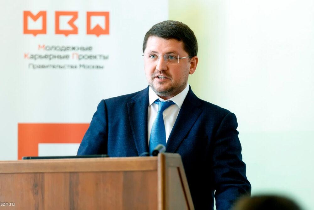 Евгений Стружак рассказал студентам окарьерных возможностях